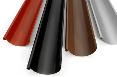 Okapy v několika rozdílných barevných provedeni a povrchovou upravou nebo také rozdílem materiálu