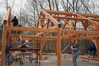 Rámová dřevěná konstrukce stavby